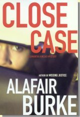 Close Case: A Samantha Kincaid Mystery